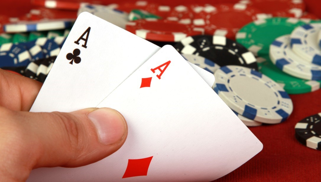 The replica of the five-card poker game